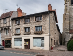 Maison - English: Building at 140 Grande Rue in Aigueperse, Puy-de-Dôme, France