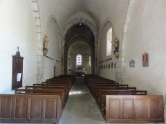 Eglise Notre-Dame - English:   Vergheas (Puy-de-Dôme) église intérieur, le nef