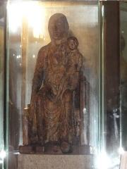 Eglise Notre-Dame - English:   Vergheas (Puy-de-Dôme) église statue N.D. de Vergheas