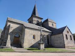 Eglise Saint-Maurice - English: Saint-Maurice-près-Pionsat (Puy-de-Dôme) église extérieur