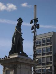 Statue de Desaix avec son socle - English:   Statue at, Jaude center, Clermont Ferrand