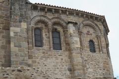 Eglise Saint-Laurent - Deutsch: Katholische Kirche Saint-Laurent in Auzon im Département Haute-Loire (Auvergne-Rhône-Alpes/Frankreich)