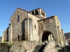 Eglise Saint-Laurent - English: Church of Auzon, Haute-Loire, France