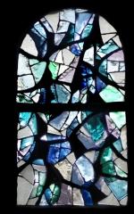 Eglise Saint-Jean-Baptiste - Français:   Fleuve et rivières (L 100 x H 170)  Vitrail en dalle de verre et joint minéral Henri GUÉRIN – 1966 Église Saint-Jean-Baptiste - Retournac (Haute-Loire)  cliché de Jean-Pierre Farcy 2009