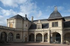 Pavillon d'Anne de Beaujeu, actuellement musée Anne de Beaujeu - Deutsch: Pavillon Anne de Beaujeu in Moulins im Département Allier (Auvergne-Rhône-Alpes/Frankreich)