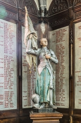 Eglise Notre-Dame-aux-Neiges - English: Statue in the Our Lady of the Snow church of Aurillac, Cantal, France
