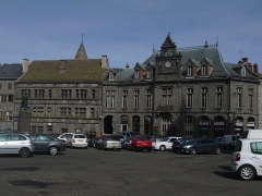 Fontaine -  The parade ground: The museum Douët and former City Hall now Savings Bank.
