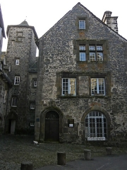 Maison -  The House of the Templars, with large mullioned windows, houses a private museum.