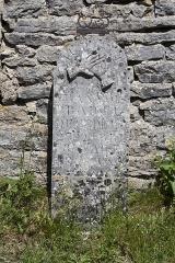 Eglise et ancien cimetière -   Gravestone of the tomb of François Pradel, late 19th century.
