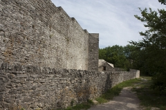 Anciens remparts -  The estearn  curtain wall as constructed in the middle of the Old cimetary
