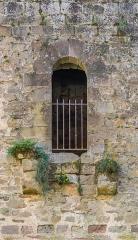 Vestiges du château et sa deuxième enceinte - English: Castle of Najac, Aveyron, France