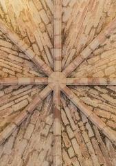 Vestiges du château et sa deuxième enceinte - English: Vaulting in the castle of Najac, Aveyron, France
