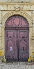 Ancienne chartreuse - English: Portal of the national horse stud farm in Rodez, Aveyron, France