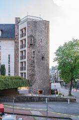 Hôtel du Cheval Noir - English: Tour Mage in Rodez, Aveyron, France