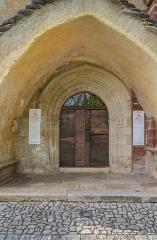 Eglise Saint-Austremoine - English: Portal of the Saint Austremonius church in commune of Salles-la-Source, Aveyron, France