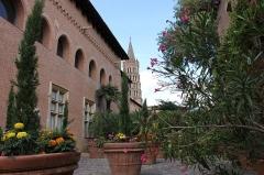 Ancien collège Saint-Raymond - Français:   Jardin du musée St Raymond, Toulouse , France