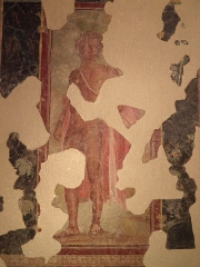 Ancien couvent des Jacobins - English: Fresco depicting Bacchus, discovered at the Villa de Roquelaure near Auch (Augusta Auscorum), BC 20–10, Musée des Jacobins, Auch. A Gallo-Roman villa has been excavated on the plateau of La Sioutat. It goes back at least to the time of Augustus and has produced polychrome frescos in a Pompeian manner.