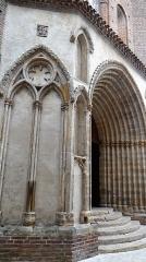 Eglise Saint-Pierre - Français:   Gaillac - Église Saint-Pierre - Portail du XIVe siècle