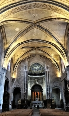 Eglise Saint-Pierre - Français:   Gaillac - Église Saint-Pierre - Nef