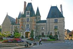 Château - Deutsch:   Aubigny-sur-Nère