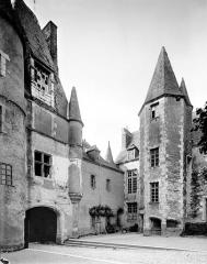 Château -