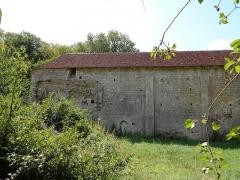 Prieuré de Grandmont - Deutsch:   Church of the Grandmontine Priory Châteauneuf, comm. Corquoy, near Châteauneuf-sur-Cher, Département Cher, France, north side