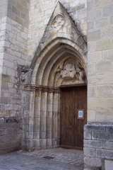 Eglise collégiale Saint-Martin - English: gothique front door of french collegiate church St Martin from Léré (Cher)