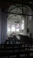 Eglise paroissiale Saint-Martin - Français:   intérieur vitraux de la l'église Saint-Martin de Cangey