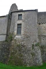 Château du Grand Pressigny - Français:   Tour du front nord-ouest du château du Grand-Pressigny, Indre-et-Loire, Centre, France. Elle est dite «tour G».