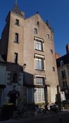 Hôtel dit de Jean Briçonnet - Français:   Vieux tours, hôtel Berthelot- Briçonnet XVe siècle