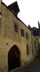 Ancienne maison canoniale de Saint-Martin - Français:   maison canoniale, 4 rue rapin XIIIe siècle