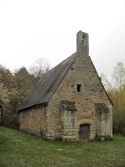 Ancienne chapelle Saint-Laurent - Français:   Vue du mur nord de la chapelle Saint-Laurent (Veigné)
