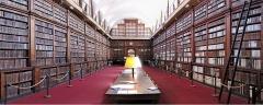 Palais Fesch - Français:   La bibliothèque d\'Ajaccio (Corse).