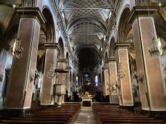 Eglise Sainte-Marie, ancienne cathédrale - Corsu: A nave di a catedrale Santa Maria Assunta, Bastia, Corsica