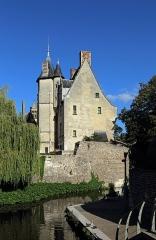 Evêché et ses dépendances - Nederlands: Évreux (departement Eure, Frankrijk): voormalig bisschoppelijk paleis, thans museum - westzijde