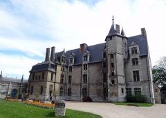 Evêché et ses dépendances - Français:   Musée d\'Évreux