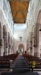 Eglise Saint-Ouen - Nederlands:   Pont-Audemer (departement Eure, Frankrijk): interieur van de Sint-Audoënuskerk (église Saint-Ouen)