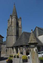 Eglise Saint-Martin - Nederlands:   Donzenac Saint Martin, exterieur