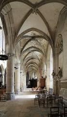 Eglise Notre-Dame - Nederlands: Caudebec-en-Caux (departement Seine-Maritime, Frankrijk): interieur van de Onze-Lieve-Vrouwekerk (Notre-Dame)