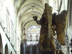 Eglise Notre-Dame - Français:   ange intérieur
