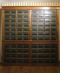 Immeuble (ancienne maison de l'Armateur, actuellement Musée de l'Armement naval) - Français:   La Maison de l\'armateur  au Havre: le cabinet des manuscrits.