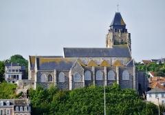Eglise Saint-Jacques - Deutsch:   Blick von Mers-les-Bains auf die Kirche St. Jakobus in Le Treport, Départements Somme & Seine-Maritime, Regionen Oberfrankreich (ehemals Picardie) & Normandie (ehemals Ober-Normandie), Frankreich