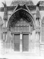 Eglise Saint-Ouen de Longpaon - Français:   Eglise Saint-Ouen de Longpaon, portail, photographie en négatif Enlart, Camille (historien).