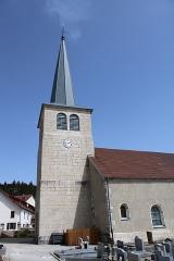Eglise - Français:   L\'église et son clocher hexagonal
