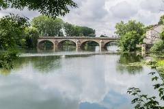 Grand pont sur le Doubs - English: Pont Louis XV in Dole, Jura, France