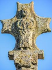 Croix dite Croix Saint-Pierre - Français:   Détail de la face ouest de la croix