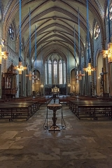 Cathédrale Saint-Michel et abords - English:  Interior of Carcassonne Cathedral, Aude France