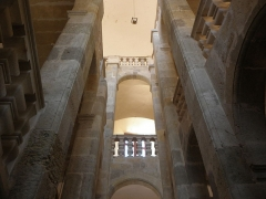 Ancien archevêché et ses abords - Palais des Archevêques de Narbonne (11). Grand escalier.