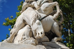 Fontaine des Licornes -  Vue détaillée de la fontaine des Licornes sur la place de la Canourgue à Montpellier.