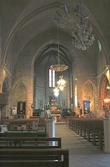 Eglise Saint-Saturnin - Français:   Nissan-lez-Enserune (Hérault) - église Saint-Saturnin - nef